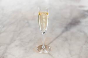 Nicolas Feuillatte Champagne Flaska