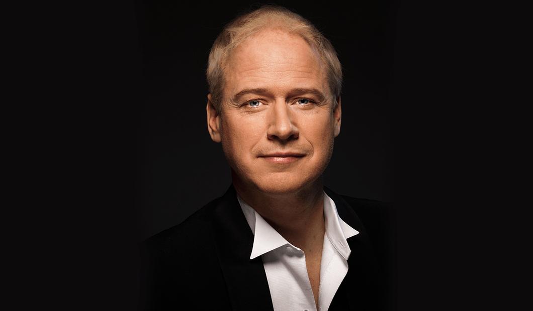 Robert Gustafsson - Tomgång, Framgång, Rundgång